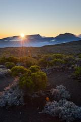 Coucher de soleil sur les montagnes de La Réunion