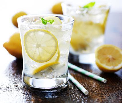 cold glasses of fresh lemonade