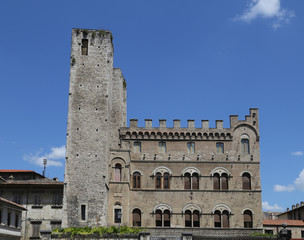 Ascoli Piceno (Marches, Italy) - Historic palace with towers