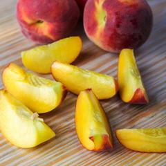 peach,peach slices