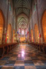 Wnętrze gotyckiej bazyliki w Poznaniu