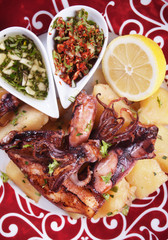 Fried squid with potato and dressings