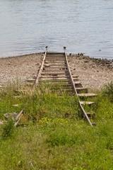 Gleise ins Wasser