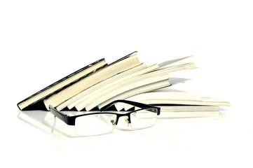 Bücher mit Lesebrille