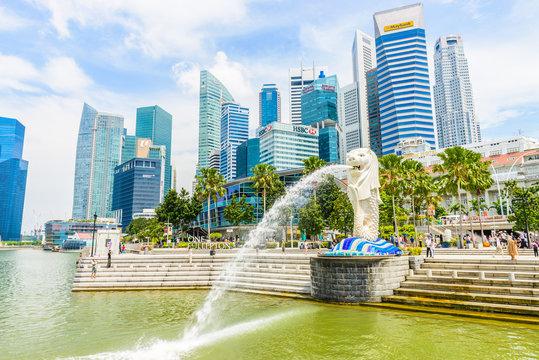 SINGAPORE - JUNE 22, 2014: View of Singapore Merlion at Marina B