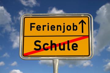 Deutsches Ortsschild Schule Ferienjob