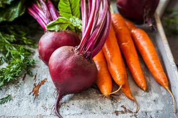 Fototapeta fresh carrot and beetroot obraz