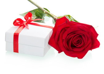 Red roses with gift-box
