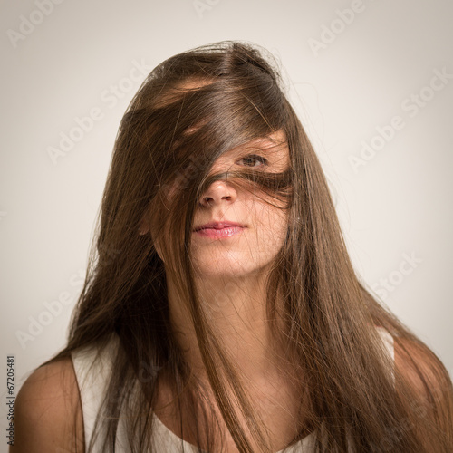 photo of girls who hide her face with hair № 22525