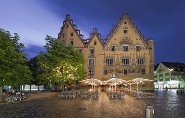 Wall Mural - historisches Rathaus Ulm beleuchtet