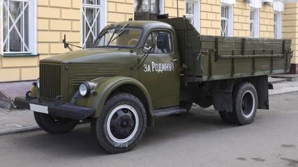 retro army truck