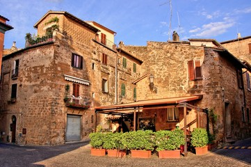Fototapete - Outdoor cafe in the picturesque old town of Orvieto, Italy