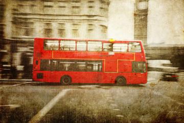 Fotomurales - nostalgisch texturiertes Bild eines roten Londoner Busses