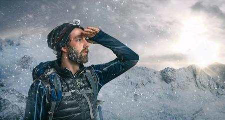 Foto auf Acrylglas Bergsteigen Bergsteiger Ausblick