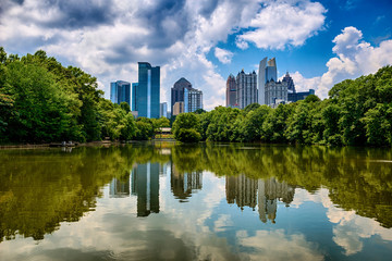 Skyline of downtown Atlanta from Piedmont Park