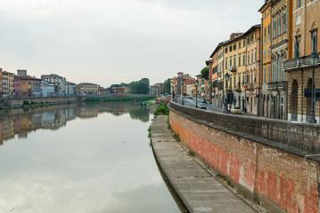 Veduta di Lungarno Galileo Galilei, Pisa, Italia