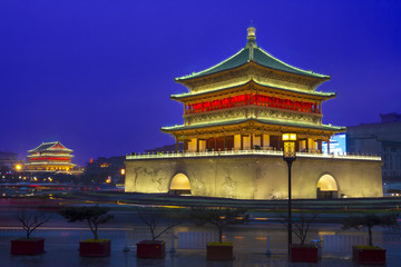 Fototapete - Bell tower in Xi'an