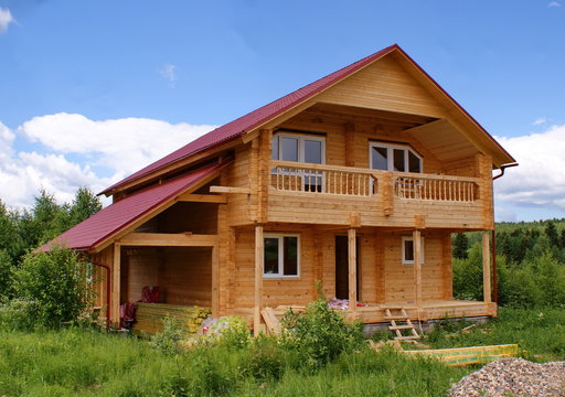 Строительство загородного дома из бруса