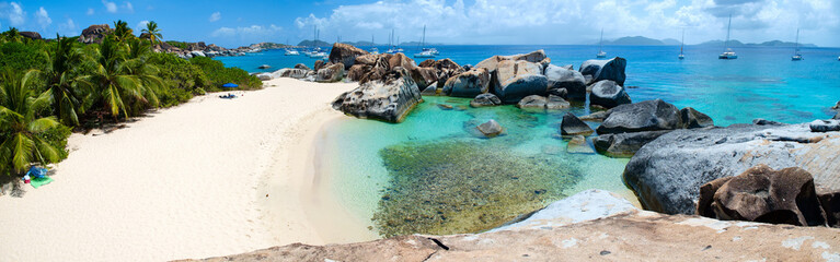 Fototapete - Beautiful tropical beach at Caribbean