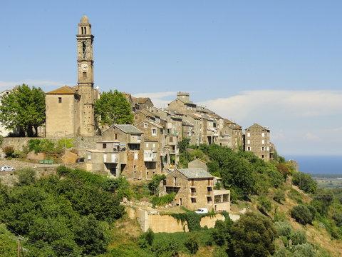 Le village corse de Venzolasca (Haute-Corse)