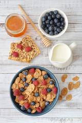 Whole-grain flakes