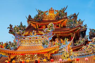Türaufkleber China Ciyou taoist temple at night.