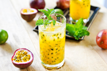 Passion fruit with Lychee Mojito