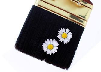 Pinsel und Blumen