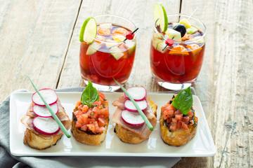sangria cocktail et bruschetta