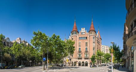 Casa de less Punxes, Barcelona