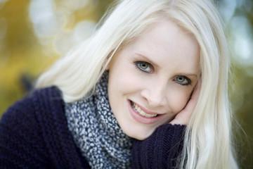 Junge Frau , Lächeln, Porträt