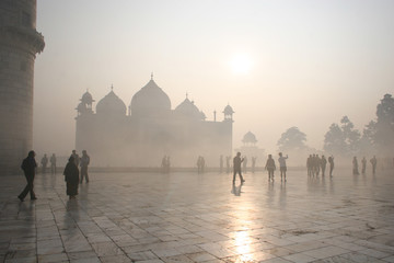 Taj Mahal befogged