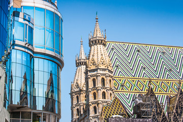 Foto op Aluminium Wenen Haas Haus with St. Stephen's Cathedral in Vienna, Austria