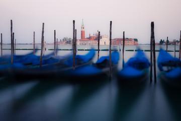 Keuken foto achterwand Gondolas Gondolas on the waves