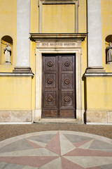 italy church  varese  the old door  daY solbiate arno
