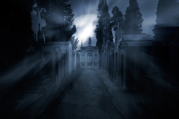 Foto auf Acrylglas Friedhof Cemetery in a foggy full moon night