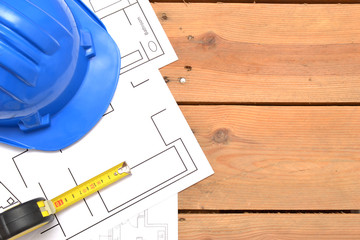 Helmet and tools for construction drawings
