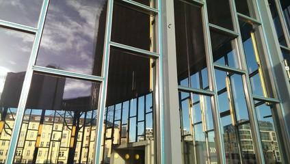 Bilder und videos suchen bis sigtrix for Berlin moderne architektur
