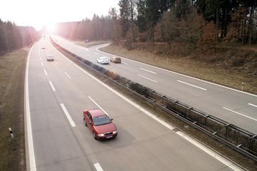 Fototapete - Autobahn dreispurig