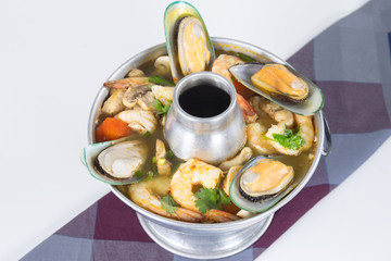 """""""Po-Tak"""" Spicy Sour Seafood Soup"""
