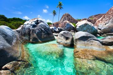 Fototapete - Beautiful tropical coast at Caribbean