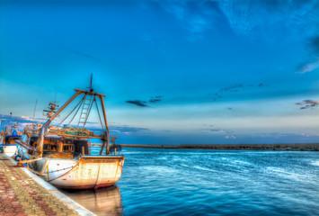 hdr fishing boat