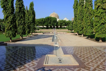 Sultan Qaboos Grand Mosque garden