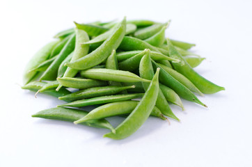Geen Snap Peas in white background