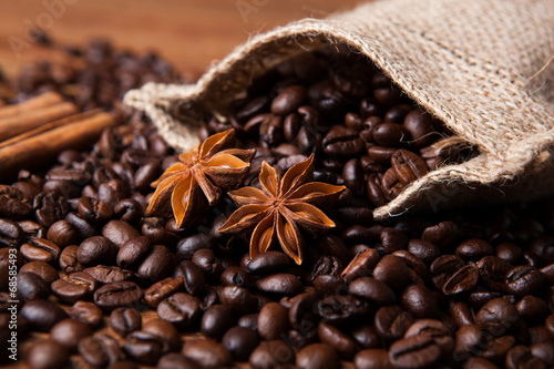 Wall mural roasted coffee and star anise