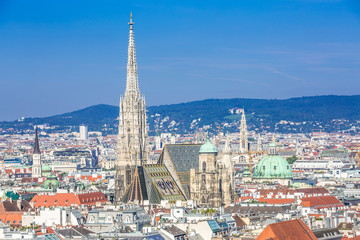 Photo sur Toile Vienne Vienna city centre and Stephansdom