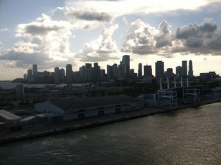cloudy downtown Miami,fl