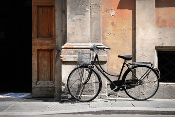 Wall Mural - Italian old style bicycle