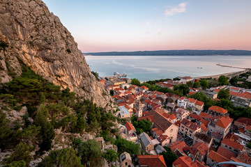Fotomurales - Aerial View on Omis Old Town and Holy Spirit Church, Dalmatia, C