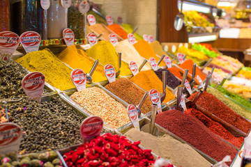 Typical spices on sale in turkish markets at Istanbul